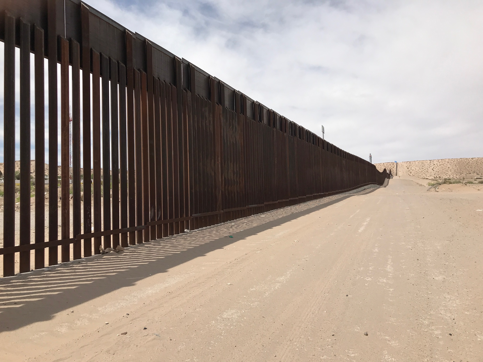 Trump Gets His Wall Today Except That It S Really A Fence By