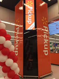 A Walmart.com pickup tower has been installed at a store in Rogers, Arkansas.(Maria Halkias/DMN Staff)