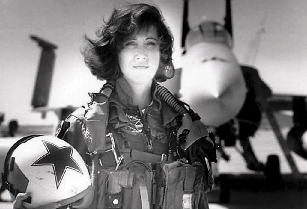 U.S. Navy fighter pilot Tammie Jo Shults who later became a commercial pilot for Southwest Airlines. She was the pilot of Southwest Flight 1380