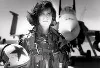 "<p><span style=""font-size: 1em; background-color: transparent;"">Tammie Jo Shults was a Navy fighter pilot in the early 1990 before becoming&nbsp; a Southwest Airlines pilot.</span></p>(Linda Maloney/Military Fly Moms)"