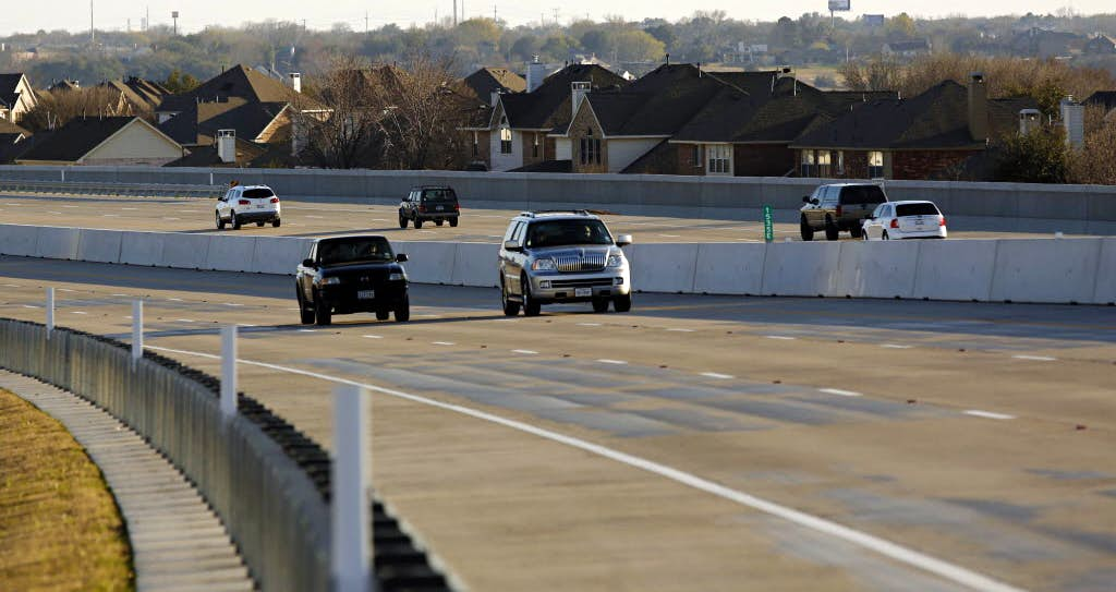 Bush Turnpike reopens in Rowlett after officials safely detonate ...