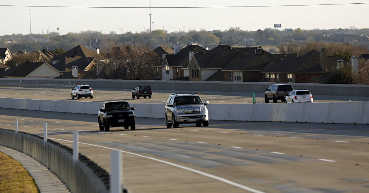 Bush Turnpike reopens in Rowlett after officials safely detonate