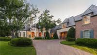 <p>This home at 10433 Strait Lane apparently sold for $9.9 million in 2016. But the home's market value, for some reason, has been frozen at $4.3 million for three years.</p>(Zillow.com)