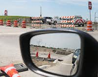 Construction continues on the Highway 380  expansion between Frisco and Prosper.(Louis DeLuca/Staff Photographer)