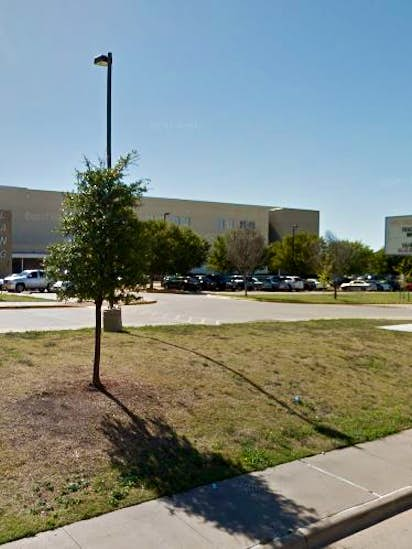Dallas Middle School Teacher Accused Of Sexually Assaulting 14 Year