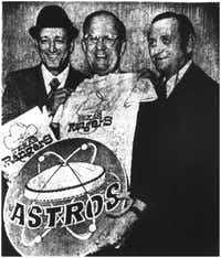 The Astros and Rangers held a love-in in 1972 evidenced by smiles above of Astros managers Harry Walker and GM Spec Rochardson, with Rangers' Joe Burkes.