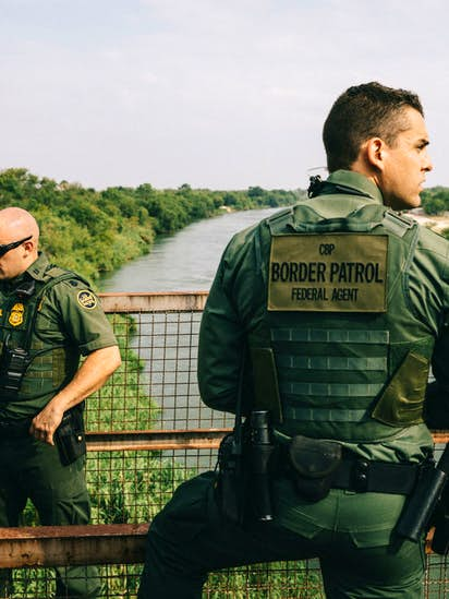 trump ordered the border patrol to hire more agents but instead