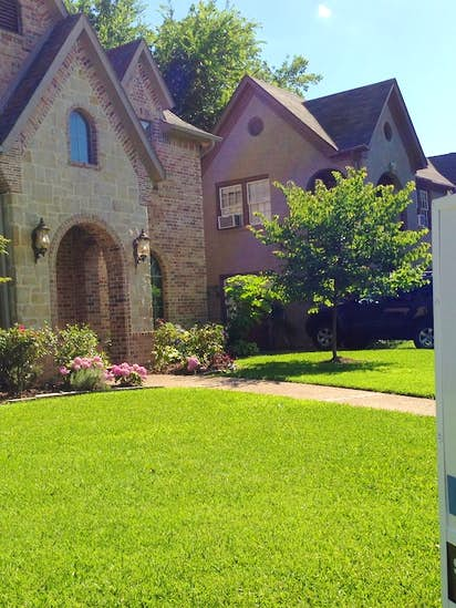 Stupendous North Texas Home Sales And Prices Set Records In May Real Home Interior And Landscaping Ponolsignezvosmurscom