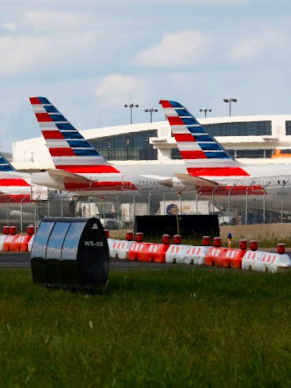 Wells Fargo sues American Airlines for not returning leased