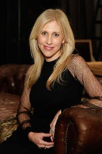 Author Emily Giffin attends the RH Atlanta: The Gallery at the Estate in Buckhead opening celebration on Nov. 20, 2014 in Atlanta (Getty Images)