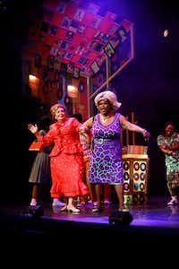 David Coffee plays Edna Turnblad (left) and Liz Mikel plays Motormouth Maybelle in <i>Hairspray,</i> a Dallas Theater Center production at Winspear Opera House, presented and co-produced by AT&T Performing Arts Center. (Tom Fox/Staff Photographer)
