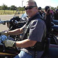 Jamie Givens had been a motor jock for the Dallas Police Department for 12 years. He joined the force in 1986.(Facebook)
