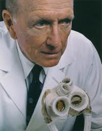 Dr. Denton Cooley     in 1997.  (1997 File Photo/Houston Chronicle)