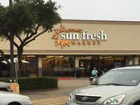 Sun Fresh Market had taken over the Lakewood store after Albertsons was forced to sell it, but the company was unable to keep the supermarket profitable, closing it in August 2016.(Maria Halkias/Staff)