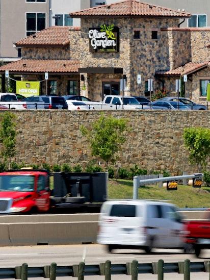 staff photographer - Olive Garden Addison