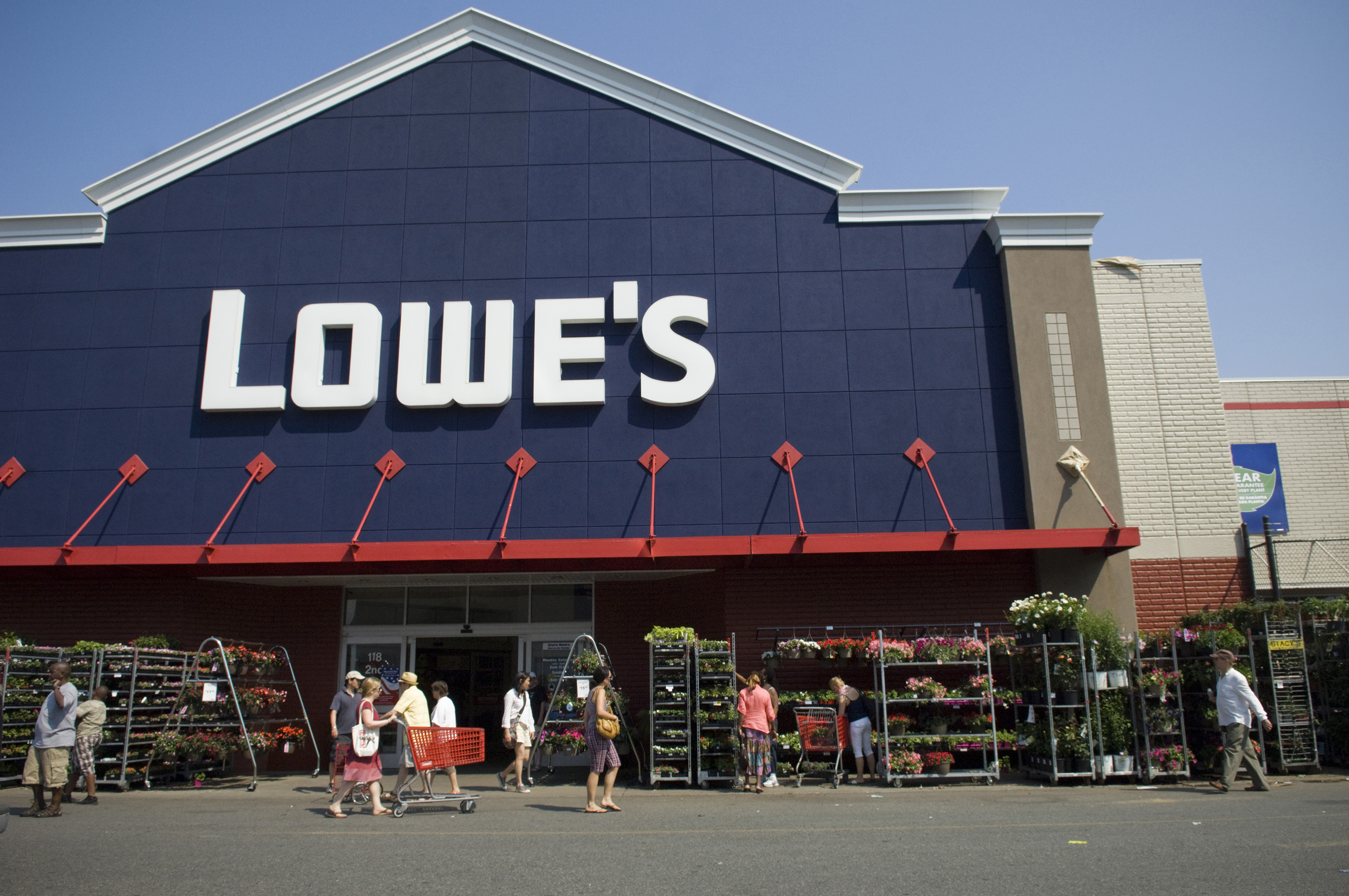 Lowe S Ceo Marvin Ellison Picks Former Executive In His Bid To Challenge Home Depot Retail Dallas News