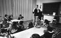 Teacher Marti Marks went through the paces with her kindergarten class on the first day of school.(1980 File Photo/John Rhodes)
