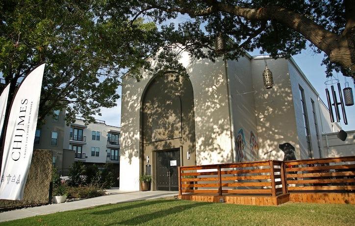Chijmes A Boutique Hotel And Event Venue On Zang Blvd Built In The Historic Trinity Presbyterian Church Oak Cliff Magnolia Apartments Are