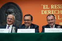 "<p><span style=""font-size: 1em; background-color: transparent;"">Mexican chief negogtoator Jesus Seade, left, Economy Secretary Ildefonso Guajardo and Foreign Minister Luis Vedegaray at a news conference at the Mexican embassy in Washington, DC, on August 27, 2018.</span></p>(NICHOLAS KAMM/AFP/Getty Images)"