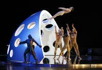 Diavolo performed<i>Fluid Infinities</i> as part of the TITAS series at Dallas City Performance Hall in 2015.(Rose Baca/Staff Photographer)