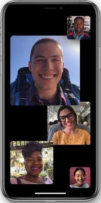 "<p><strong style=""font-size: 1em; background-color: transparent;"">Group Facetime, coming later this fall, will let you video chat with up to 32 people.</strong></p>(Apple)"