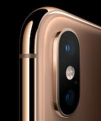 Dual main cameras on the XS and XS Max(Apple)