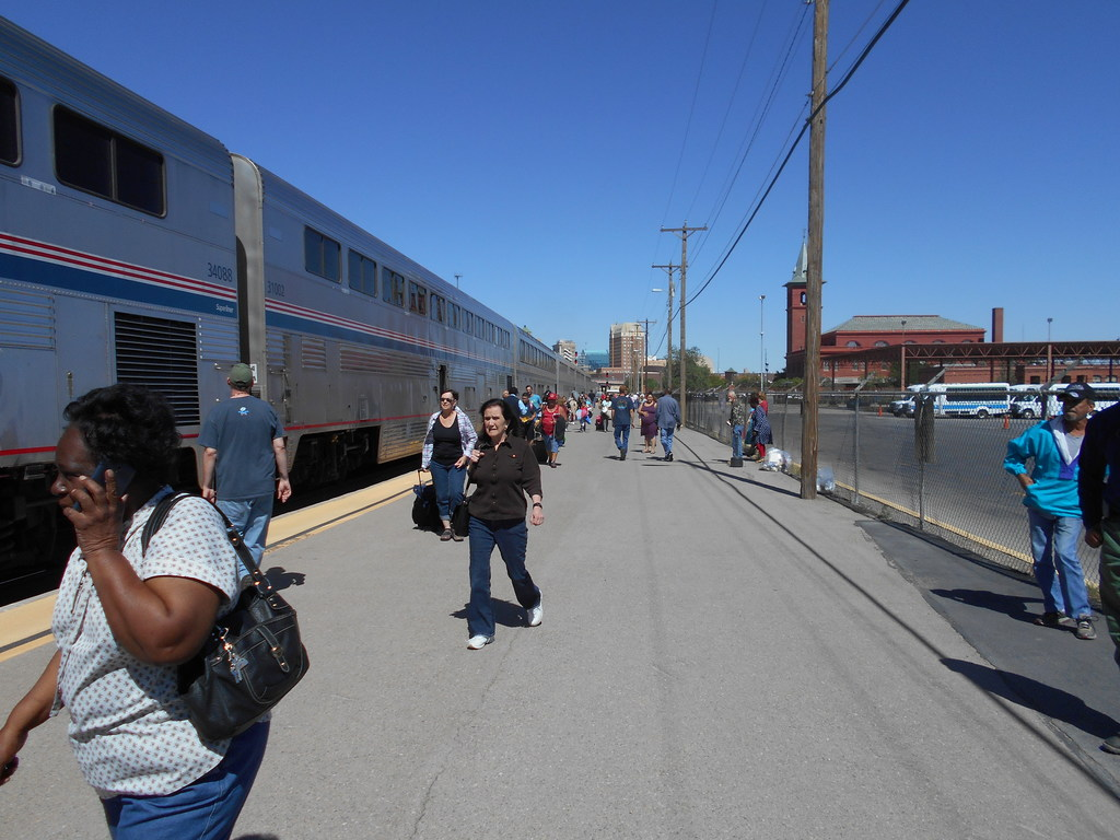 Amtrak Mooning Pictures explore the westrail on amtrak's california zephyr