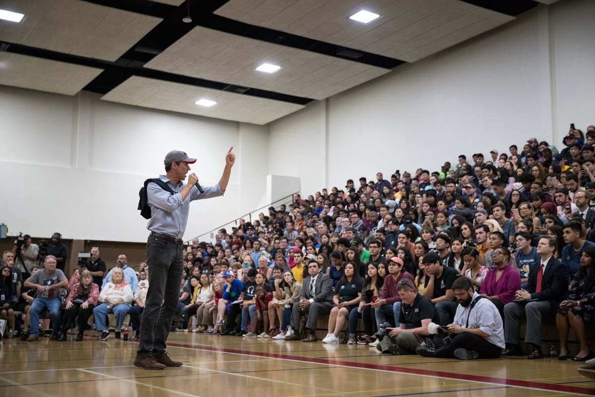 What would a Sen. Beto O'Rourke point out for Texas' alternate community?... thumbnail