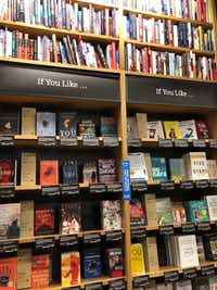 Unlike many other bookstores, most books in an Amazon store face out.(Dave Lieber/Staff photo)
