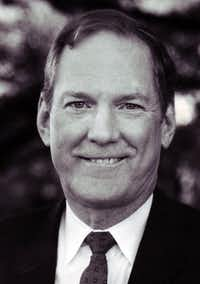 "Walt Humann, back in January 1989, when he was chairman of the North Central Task Force(<p><span style=""font-size: 1em; background-color: transparent;"">DMN File photo</span></p>)"