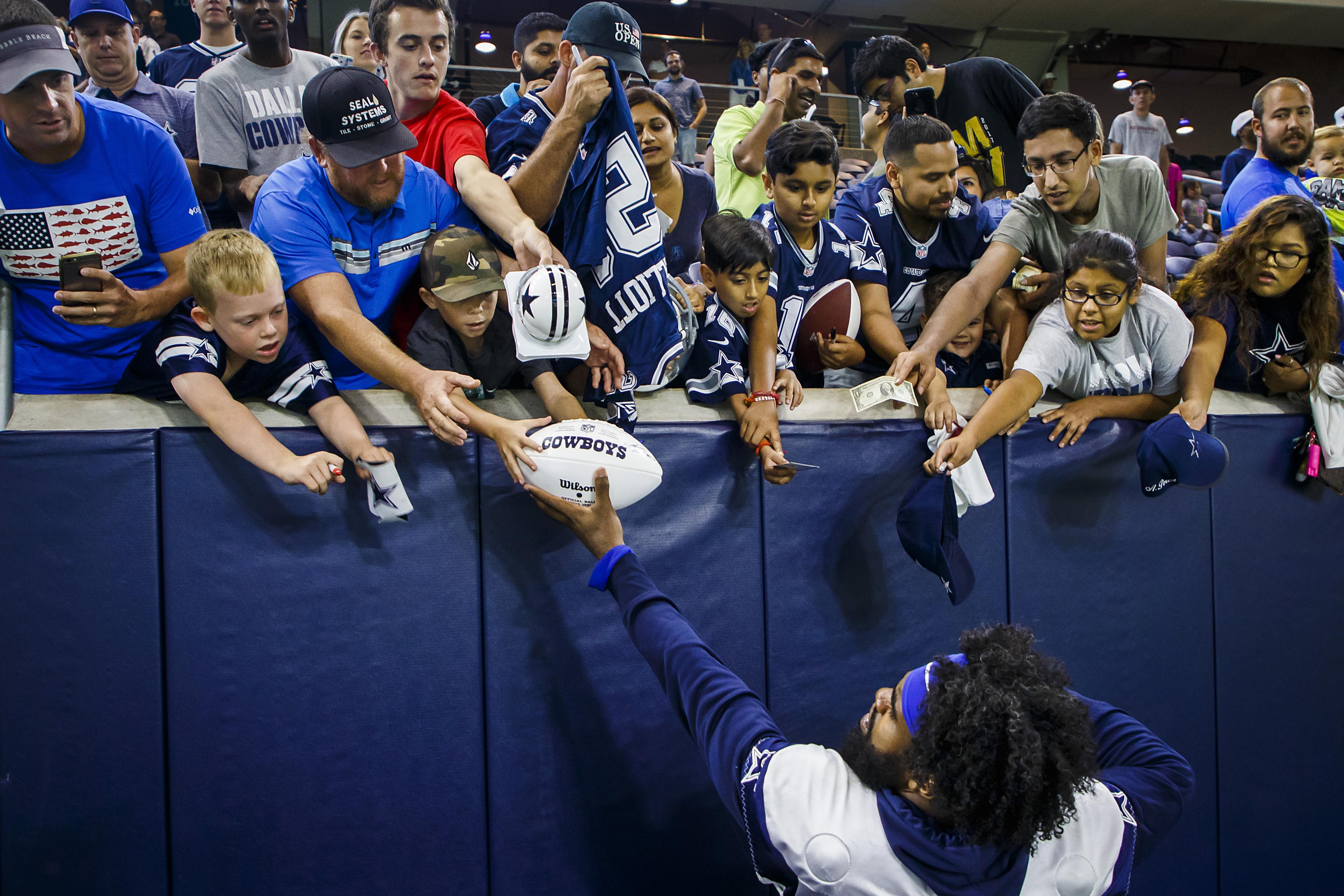 a9cc3a68beb Listen up, rookie D-FW sports fans: Cowboys are No. 1, high school football  rocks, everybody loves Dirk