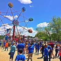 Sandy Lake Amusement Park entertained several generations of families for nearly 50 years.(Facebook/Sandy Lake Amusement Park)