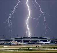 <p>The odds of being hit by lightning in a given year are 1 in 1,171,000, the National Weather Service says. Only about 10 percent of lightning strikes are fatal.</p>(2006 File Photo/Tom Fox)