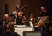 <p>Violinist Leonidas Kavakos performs Mozart's <i>Turkish</i> Violin Concerto in A major with the Dallas Symphony Orchestra at the Meyerson Symphony Center on Thursday, Oct. 25, 2018.</p>(Rex C. Curry/Special Contributor)