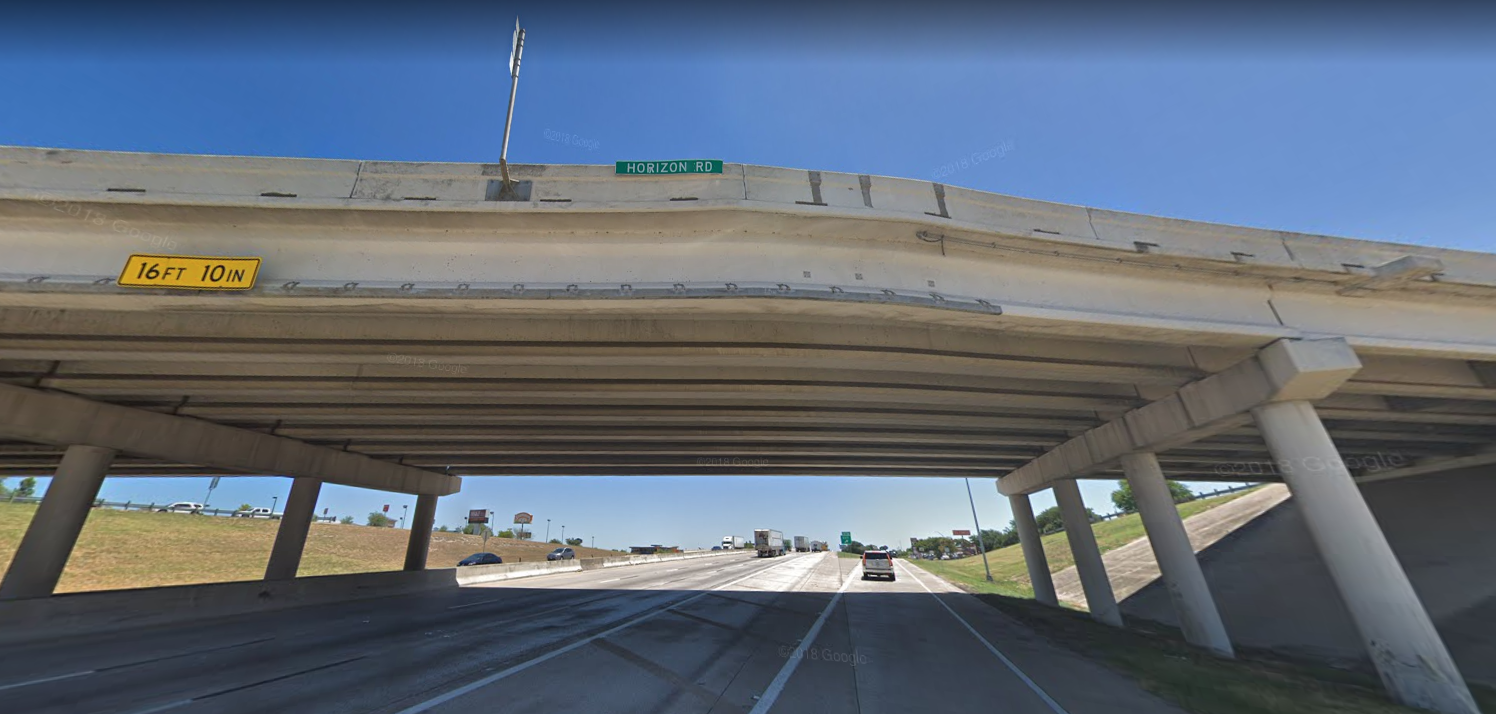 Woman dies after jumping off Rockwall bridge into traffic on I-30