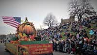 """The annual Plymouth Thanksgiving Parade drew a crowd in 2017. This year's Thanksgiving festivities will kick off Nov. 16.(<p><span style=""""font-size: 1em; background-color: transparent;"""">Plymouth Convention and Visitors Bureau</span></p>)"""