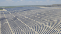 Luminant's Upton 2 solar plant near the West Texas town of McCamey in Upton County. The company received a $1 million state grant in October 2018 to help build a 10 megawatt battery at Upton 2. That will help boost production at the solar plant.(Steven Phelps/Courtesy: Vistra Energy)