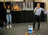 "Singer Kelly Rowland, left, dances next to Senate candidate Beto O'Rourke as a crowd shouts ""Beto"" during a rally at Magnolia Park Cities Hotel in Dallas on Nov. 5, 2018. (Carly Geraci/The Dallas Morning News)(Carly Geraci/Staff Photographer)"