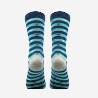 Are these not the niftiest of the nifty? As if that nice gray heel isn't enough, these MP Magic Socks are also odor-free and they cost only $9.90. (MP Magic Socks)