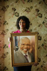 Billy Smith, who received a life sentence in 1987, spent nearly 20 years in prison for a rape he didn't commit and was released in 2006. Smith passed away in 2017. Kaye Smith, Billy's wife, was photographed in the Glenn Heights home she bought with Billy. She may have to sell the home to make ends meet. Before he died, he asked her not to get rid of the house.(Andy Jacobsohn/Staff Photographer)