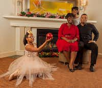 (from l-r) TaLayia Reed, Chimberly Carter Byrom, Brooklyn Roberson and Oris Phillips in 'The First Noel,' presented by Jubilee Theatre in Fort Worth Nov. 23-Dec. 23, 2018.(Simao)