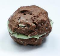 Double Mint Chocolate Chip Sandwiches (Nathan Hunsinger/Staff Photographer)