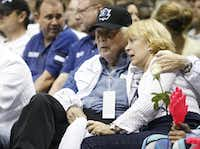 Mary and her late husband, Horace Ardinger, attended a Dallas Mavericks game in 2006. He was a minority owner of the team.(Vernon Bryant/Staff Photographer)