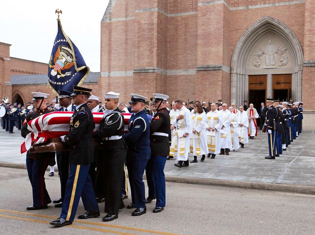 George H W Bush Recalled As Statesman And Loving Patriarch Buried