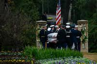 The flag-draped casket of President George H.W. Bush is carried to the burial plot close to his presidential library for internment on Thursday, Dec. 6, 2018, in College Station, Texas. (Smiley N. Pool/The Dallas Morning News)(<br>/<br>)