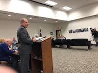 Dallas lawyer Aric Stock shares findings of his investigation at a Krum ISD school board meeting.(Dave Lieber/Staff photo)