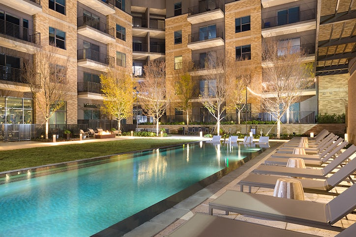 Plano S First Apartment Tower Is A Hit With Empty Nesters
