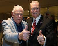 Herb Kelleher (left) and Gary Kelly -- Southwest Airlines chairman, president and CEO -- celebrated the end of the Wright amendment, which opened up  Dallas Love Field to non-stop flights in 2014.(Staff/File Photo)