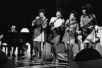 Ray Charles performs with The Raelettes — (from left) Alex Brown, Merry Clayton, Gwen Berry and Clydie King — in a 1968 televised performance.(Gary Null/NBCU Photo Bank via Getty Images)