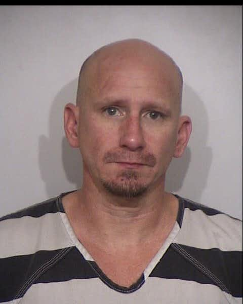 Man wanted on warrants arrested after standoff with Irving police